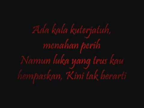 Pee wee Gaskin - Berdiri Terinjak Lyrics
