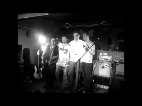 The Last Offenders - Smoke On the water (mp3)