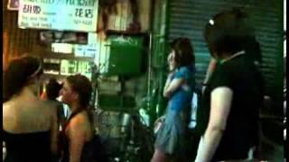 日期:2009-05-18 12:10:00 新浪娛樂訊窪塚洋介在香港Pub場所舉辦迷你演...