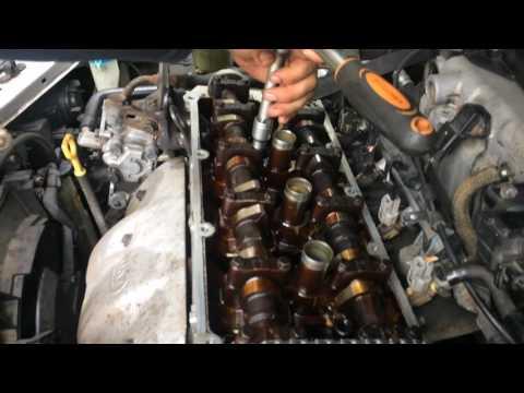 Фото к видео: Hyundai Lantra 1.8L DOHC Cooked Engine Autopsy
