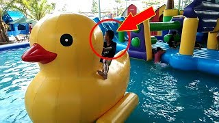 Giant Duck Water Slide Toys for Children | Play in WaterSlid...
