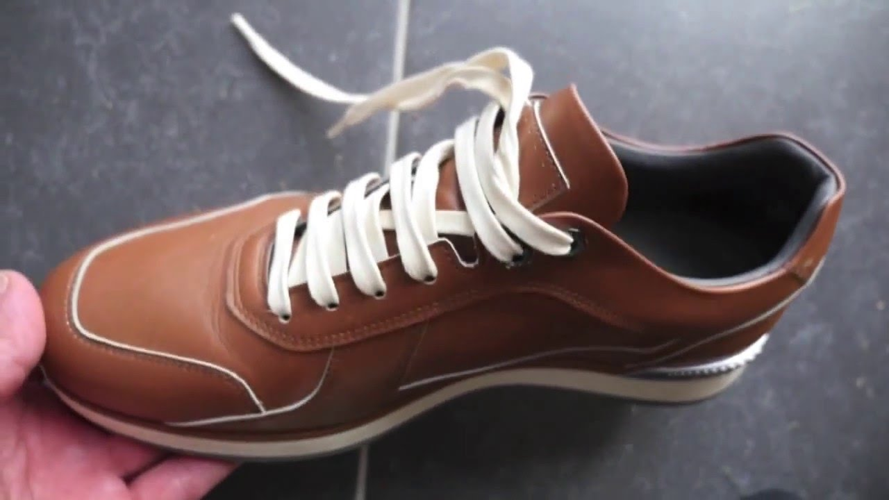 f7215630d97 Hugo Boss baskets homme cuir Hersneo marron - YouTube