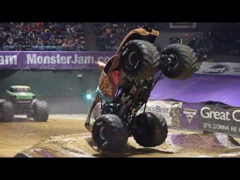 Jackson, MS Highlights | Monster Jam 2018