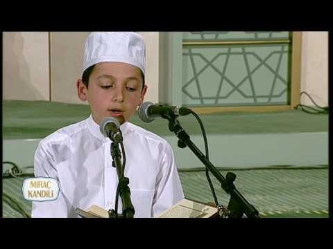 Küçük Necip Fazıl'dan Muhteşem Kur'an Tilaveti indir