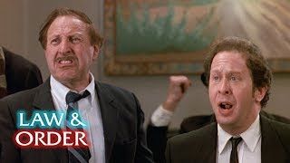 Law & Order – Murder In The Court