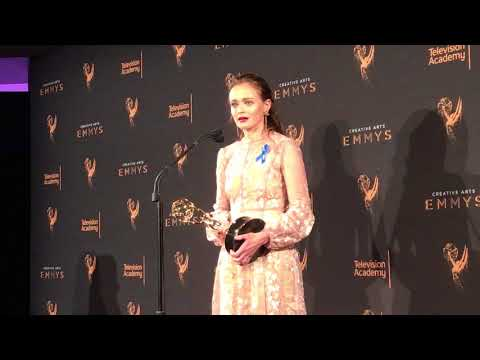 Alexis Bledel ('The Handmaid's Tale') wins at 2017 Creative Arts Emmys -- Press room video