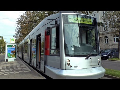 siemens-type-nf8-tram-at-düsseldorf