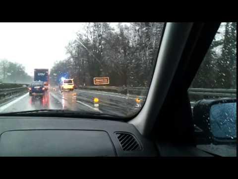Wypadek na autostradzie w Niemczech A11. Unfall autobahn. 20-12-2014.