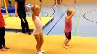 Акробатика для малышей
