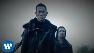 Repeat youtube video Trivium - In Waves [OFFICIAL VIDEO]