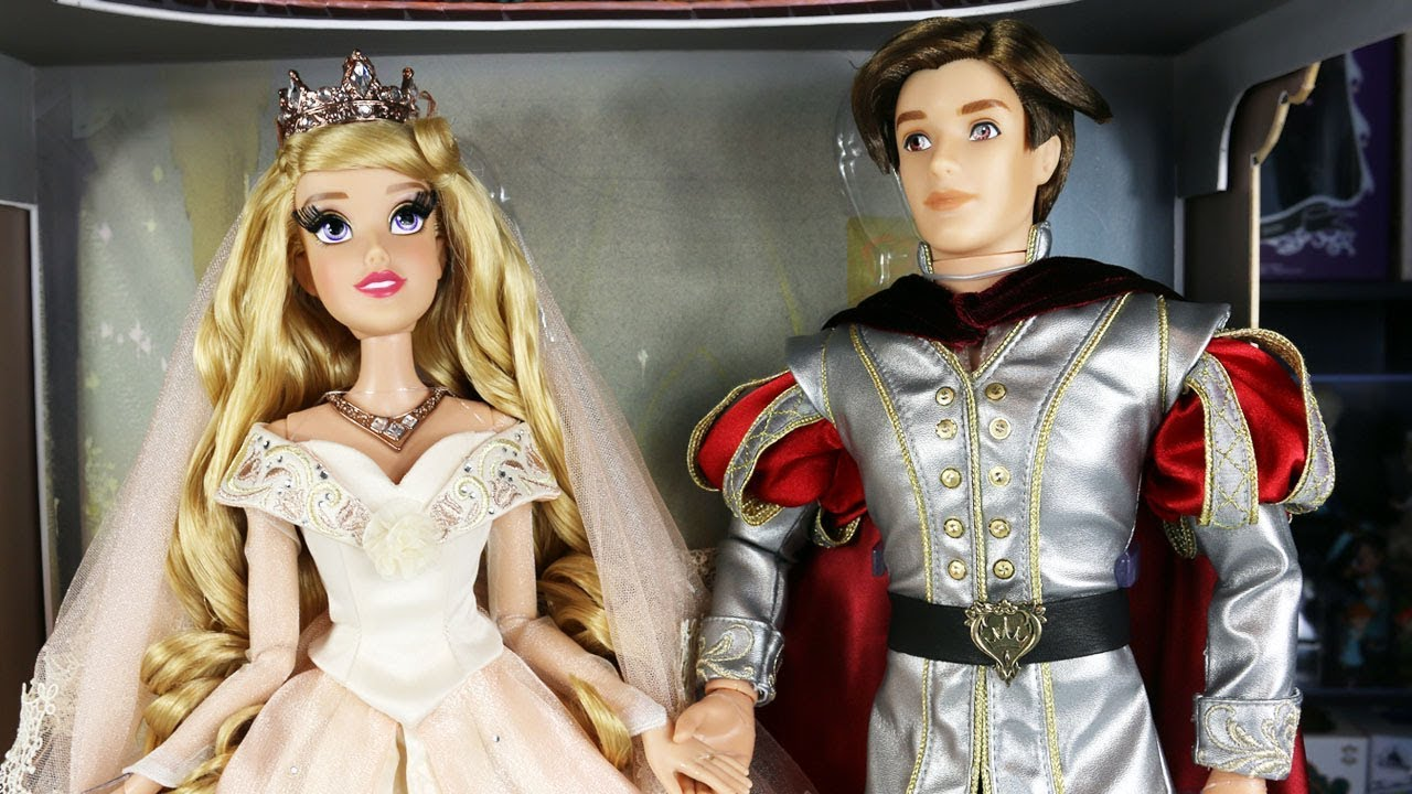 Disney Limited Edition Dolls - Wedding Aurora and Prince Phillip