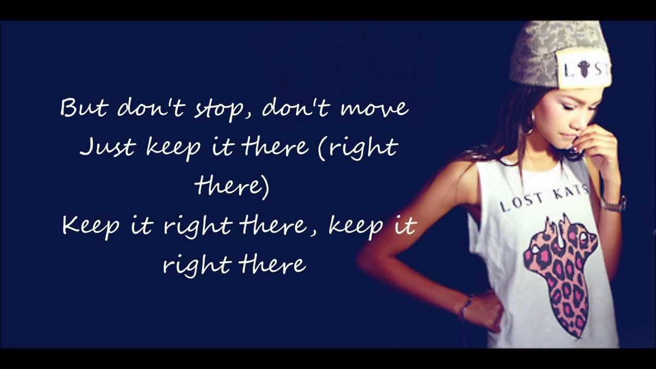 Zendaya replay lyrics