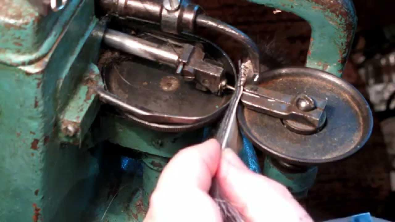 Шуба из норки мех норка, цвет темно-коричневый, арт. 18902849 цена 59990 руб. Меховой пояс в комбинации с длинной шубкой сделают вас.
