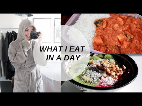 WHAT I EAT IN A DAY | Chill & study day
