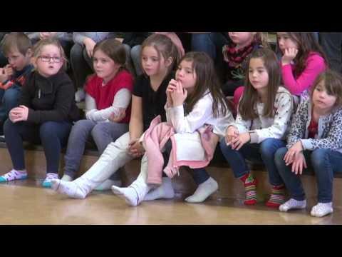 Saint-Pierre et Miquelon : Spectacle de Noël 2016 à l'île aux enfants