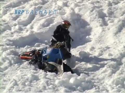 По воде на снегоходе смотреть видео прикол - 1:17