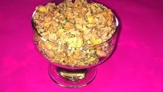 Салат с фасолью. Салат со шпротами. Салат рыбный. Салат с фасолью и сухариками. Салат шпротный.