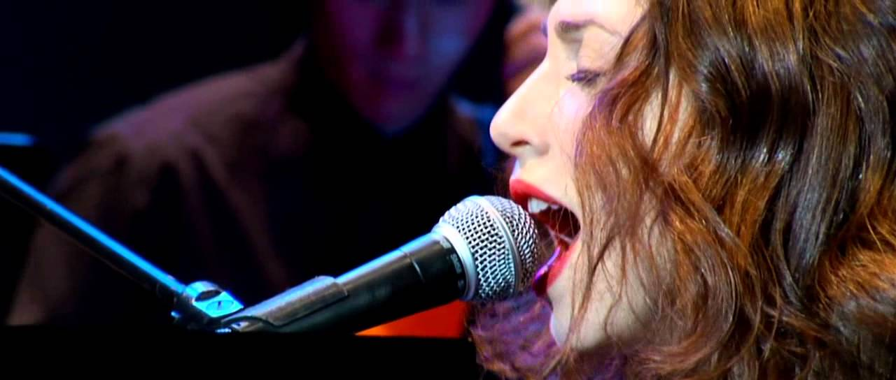 regina-spektor-live-in-london-intro-on-the-radio-filippo-venturini