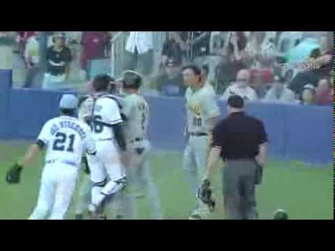 Bench Clearing Brawl in Australian Baseball League / Full Fight!