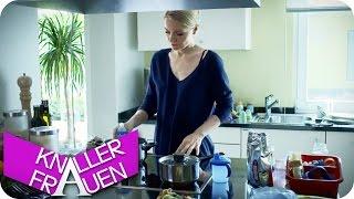 Ausgerissen & Hausboot - Knallerfrauen mit Martina Hill