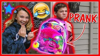 FIRST DAY OF SCHOOL PRANK | We Are The Davises