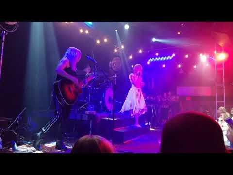 Grace VanderWaal | City Song | The Troubadour | Los Angeles, CA | 11.5.17