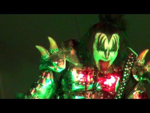 Kiss - Blood & Thunder God & Godverdomme & Poep - Graspop 2015