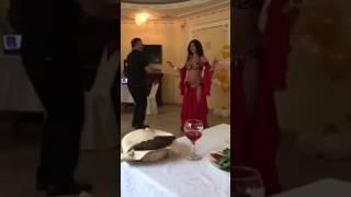 Очень смешной мужской танец живота РЖАКА!