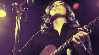 Brandi Carlile - Shadow On The Wall