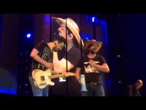 Fernando e Sorocaba - Bobeia Pra Ver - Música do Verão 2015