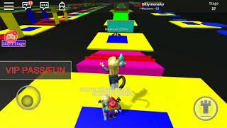 Watch me play ROBLOX w/ friends