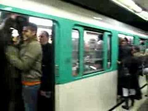 Paris Metro during the strike