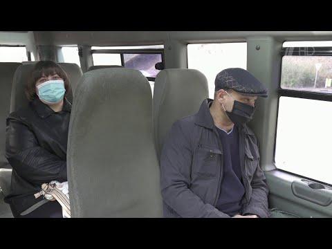 Новые ограничения по коронавирусу вводят в российских регионах.