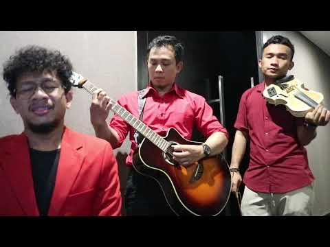 Bulan Dikekang Malam- Rossa  (OST. AYAT AYAT CINTA 2) cover