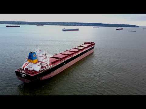 DJI Mavic Pro -Stanley Park Vancouver Canada - Ship Chase