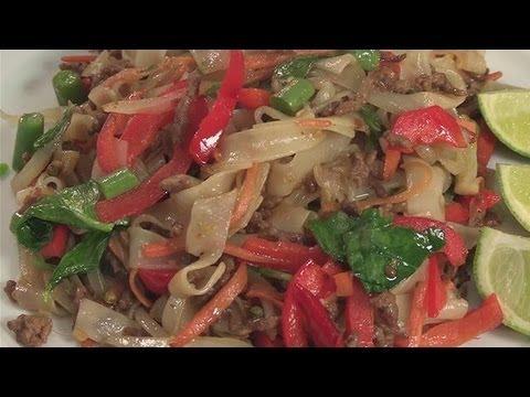 How To Cook Thai Drunken Noodles