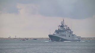 «Адмирал Эссен» дома: фрегат Черноморского флота вернулся в Севастополь