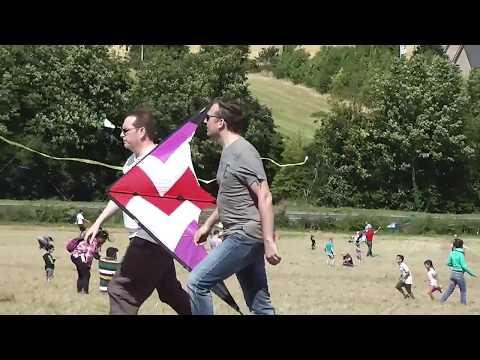 Royston Charity Kite Festival 2016 - Video