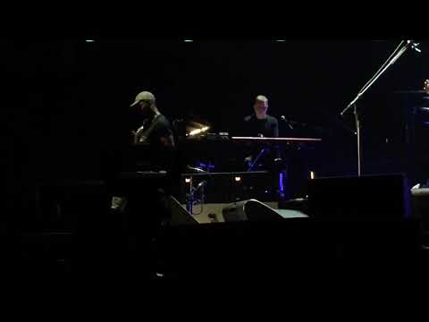 John Mayer - I Guess I Just Feel Like [ Live In Singapore 2019 ]