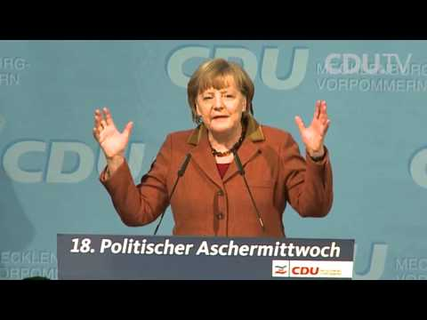 Angela Merkel rappt? | Rede mit Musik unterlegt (lustig)