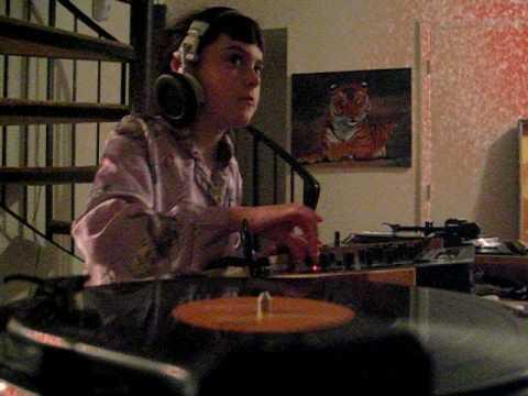 DJ Ava Shae