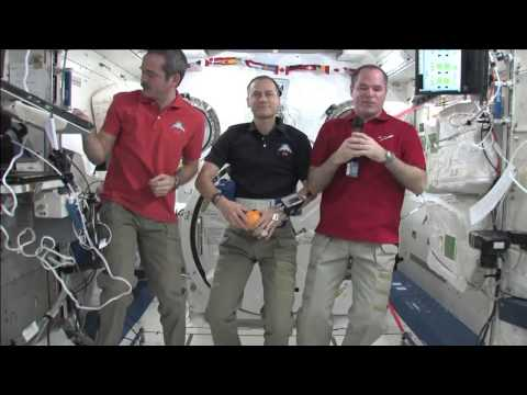 California Students Query ISS Crew
