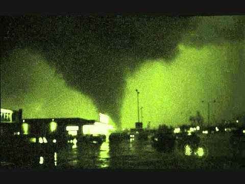 OAK LAWN ILLINOIS TORNADO RADIO BROADCAST COVERAGE FROM APRIL 21, 1967