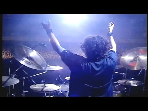 Angra - Aquiles Priester (Drum Solo)