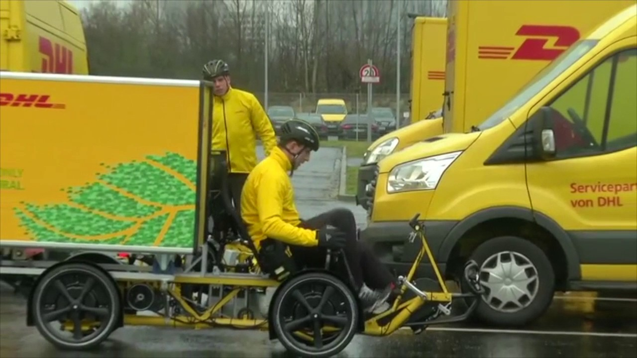 DHL Swaps CO2-emitting Delivery Vans for Electric Cargo Bikes