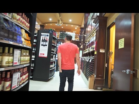SELLING AND HUSTLING JERSEY STYLE   DailyVee 055