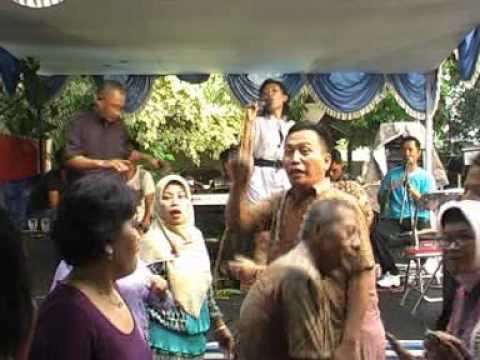 Khitanan Dimas ( Wanda Yunita )