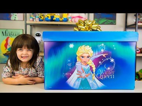 HUGE Elsa Frozen Surprise Present from Santa Claus Christmas Girl Toys Blind Bags Kinder Playtime