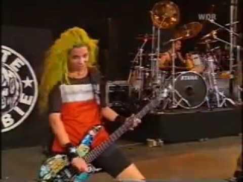 White Zombie - Thunder Kiss '65 (Bizarre Festival 1995)