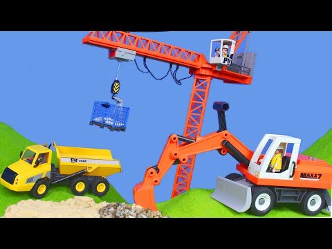 Kran, Bagger, Lastwagen & Spielzeugautos | Playmobil Baustelle für Kinder deutsch